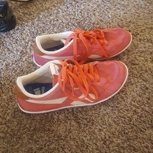 Reebok shoes size 9
